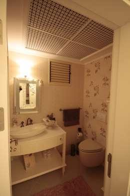 rustic Bathroom by DerganÇARPAR Mimarlık