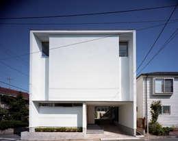 スキップテラスの家: (株)プライム一級建築士事務所 が手掛けた家です。