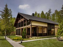 «Золотая резиденция в поселке Репино» 600м. кв.: Дома в . Автор – FullHouseDesign