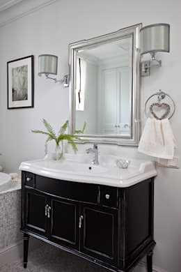 classic Bathroom by Luda Krishtaleva