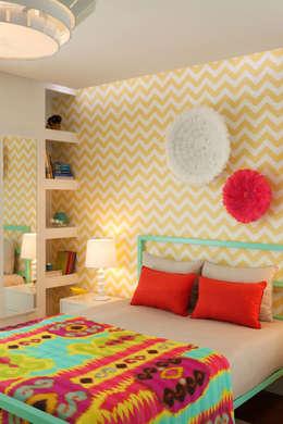 moderne Slaapkamer door Ana Rita Soares- Design de Interiores