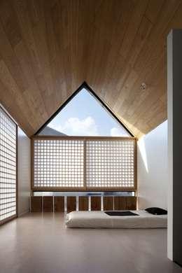 식당동 침실(2): ARCHITECT GROUP CAAN의  침실