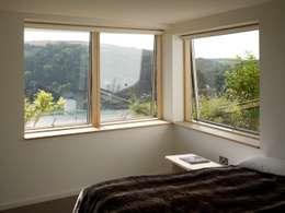 moderne Slaapkamer door richard pain architect