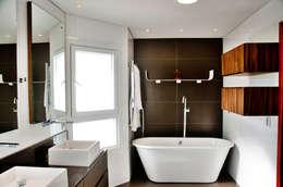 rustic Bathroom by ArchDesign STUDIO