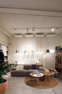 Moose in the City  -  Antwerpen :  Winkelruimten door PUUR interieurarchitecten
