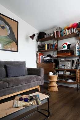 Escapefromsofa – CIHANGIR 41 // RESIDENTIAL PROJECT: eklektik tarz tarz Multimedya Odası
