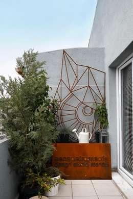 sommer auf dem balkon 15 wundervolle ideen zum nachmachen. Black Bedroom Furniture Sets. Home Design Ideas