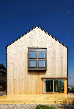 บ้านและที่อยู่อาศัย by 五藤久佳デザインオフィス有限会社