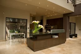 modern Kitchen by Nico Van Der Meulen Architects