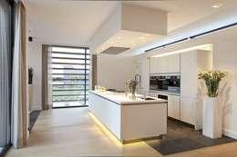 Woning K Breda: moderne Keuken door BB architecten