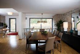 Escapefromsofa – MAYAVERA // RESIDENTIAL PROJECT: modern tarz Yemek Odası