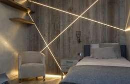 Cameretta: Camera da letto in stile in stile Moderno di DF Design