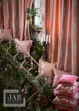 JAB Grandezza Vol.9 Collection Spring 2015: moderne Woonkamer door House of JAB by Verstappen Interiors