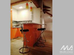 Adaptacja poddasza w centrum Krakowa: styl , w kategorii Kuchnia zaprojektowany przez Mleczko architektura