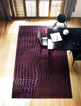 Projekty,  Ściany i podłogi zaprojektowane przez CAURA CARPET