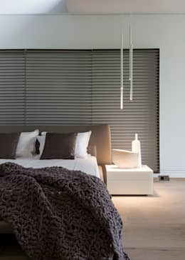 modern Bedroom by Nico Van Der Meulen Architects