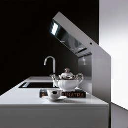 L'Evoluzione per Effeti: Cucina in stile in stile Minimalista di Vegni Design