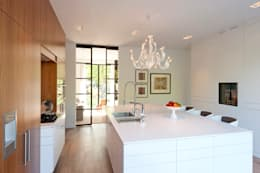 Villa Amsterdam Zuid: moderne Keuken door paul seuntjens architectuur en interieur