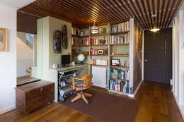غرفة المعيشة تنفيذ Martin Greshoff Furniture