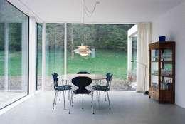 scandinavische Eetkamer door Bohn Architekten GbR