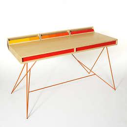 Paul Venaille: Bureau de style de style Moderne par Good Morning Design