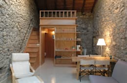 Salas / recibidores de estilo moderno por Pini&Sträuli Architects