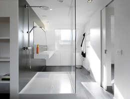 Phòng tắm by ligne V