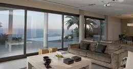 mediterranean Living room by Laura Yerpes Estudio de Interiorismo