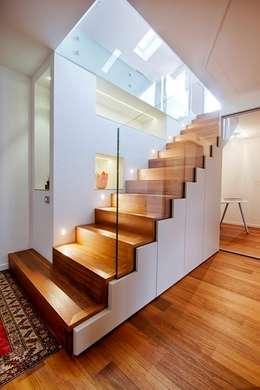 modern Corridor, hallway & stairs by ARCHITETTO ALESSANDRO PASSARDI