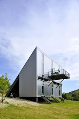 บ้านและที่อยู่อาศัย by barres-coquet architectes