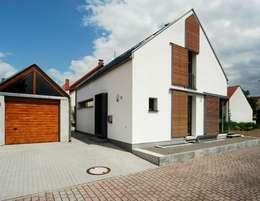 moderne Huizen door Architekten Lenzstrasse Dreizehn