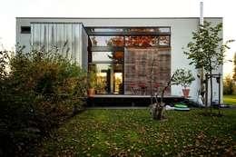 Maisons de style de style Moderne par Architekten Lenzstrasse Dreizehn