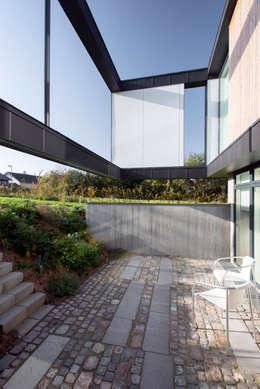 C.F. Møller Architects의  베란다