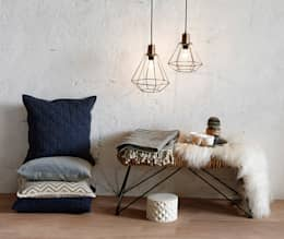 scandinavian Living room by décosphair