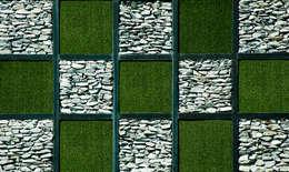 Jardines de estilo moderno por Cesped Artificial Eurotuft