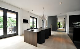 modern Dining room by Building Design Architectuur