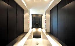 Ванные комнаты в . Автор – Building Design Architectuur