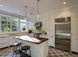 classic Kitchen by Ben Herzog Architect
