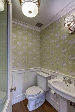 classic Bathroom by Ben Herzog Architect