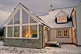 Snowdrop Lodge, Beach Road, St. Cyrus, Aberdeenshire: classic Houses by Roundhouse Architecture Ltd