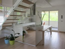 Murs & Sols de style de style Moderne par Forme per Interni
