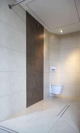 minimalistic Bathroom by smartshack