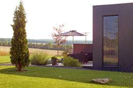 Musterhaus freelance:  Terrasse von smartshack