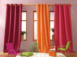Panneau à Oeillets à l'unité, prêt à poser • Opaque: Maison de style  par So Textil
