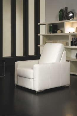 minimalistische Woonkamer door Gamamobel Spain