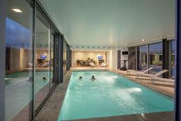 modern Zwembad door Atelier Lopes da Costa