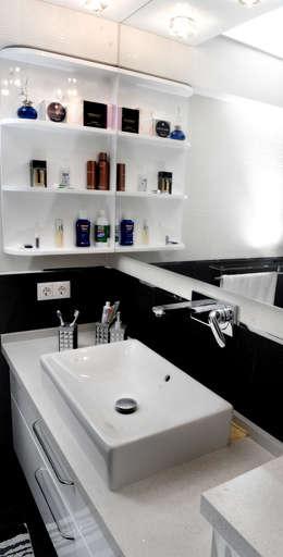 As Tasarım - Mimarlık – C.A.ŞEKERCİ ALSANCAK EVİ: modern tarz Banyo