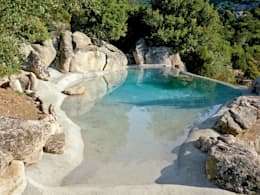Piscinas de estilo mediterraneo por Biodesign pools