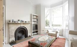 Huddleston Road: classic Living room by Stagg Architects