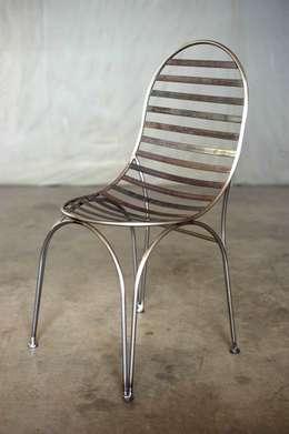 """Chaise """"STRIP"""": Jardin de style de style eclectique par Coolfabrik"""